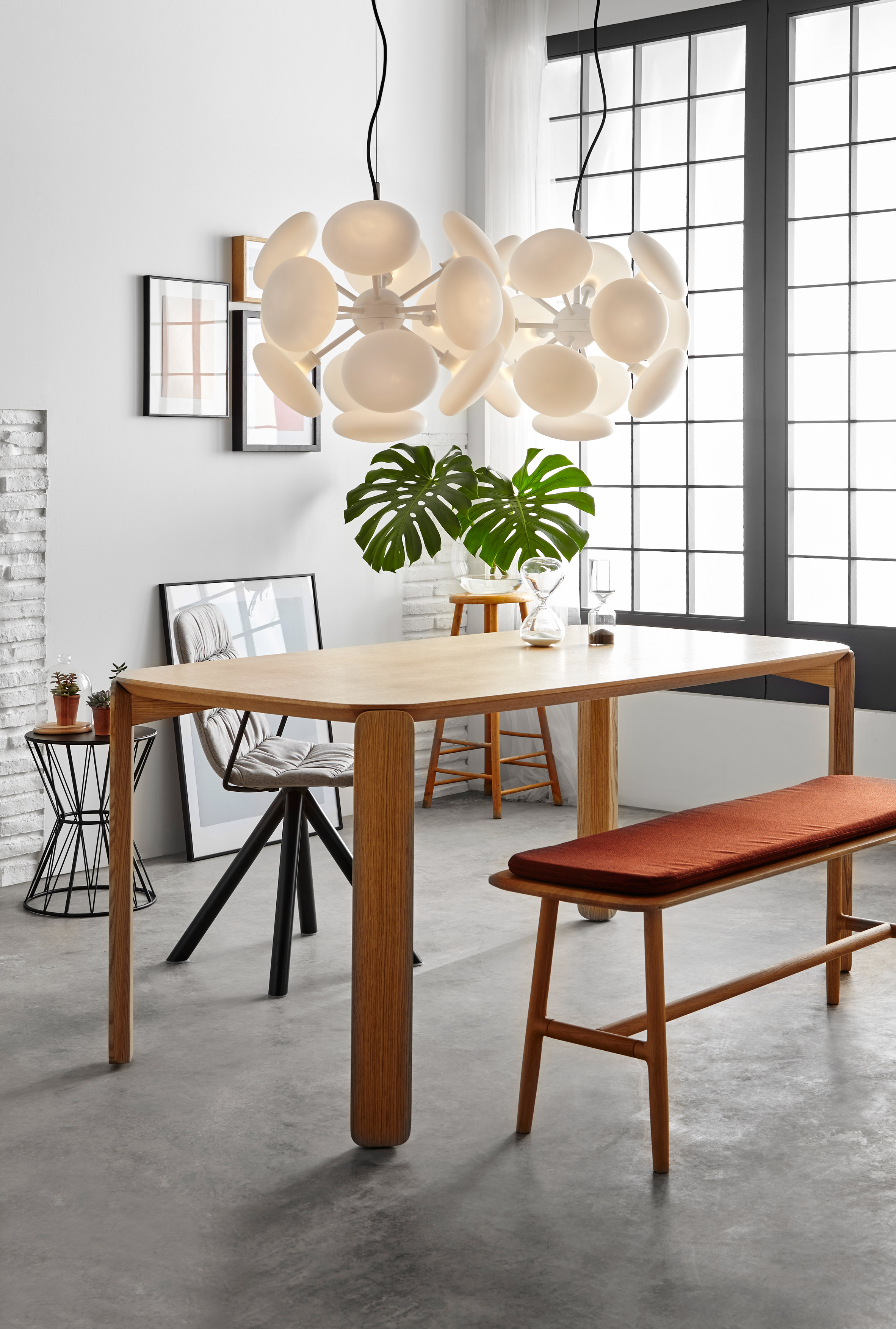 LaSelva's 45 table system has more than 100 different combinations