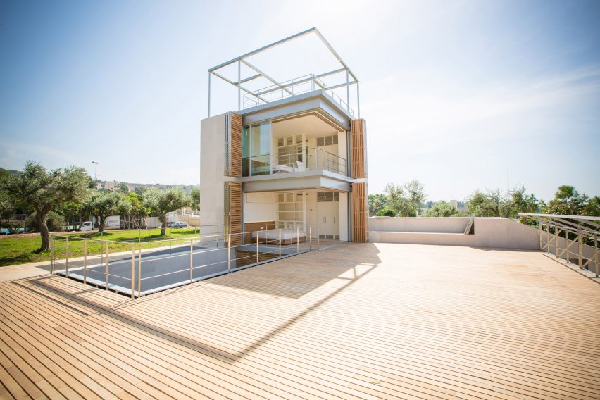 Aamchit Houses by HSS
