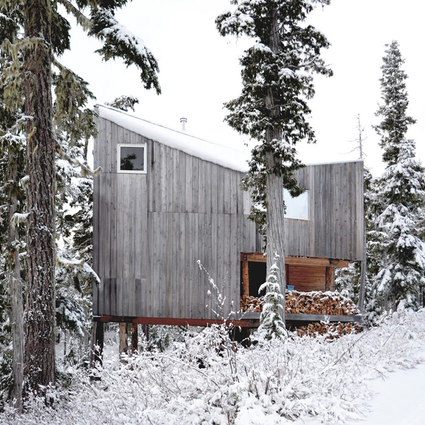 alpine-cabin-scott-and-scott-srchitects_dezeen_sq