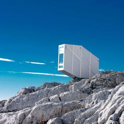 alpine-shelter-ofis-architecture-slovenia_dezeen_sqa