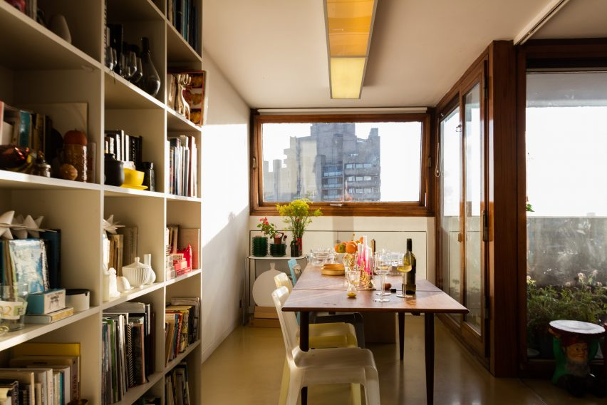 barbican-residents-photography-book-anton-rodriguez-residential-interiors-