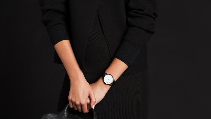 Larsson & Jennings' Lugano watch in Anthracite is in the Black Friday Sale