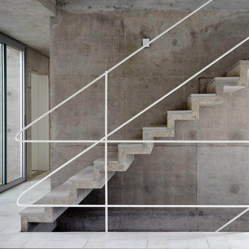 10 Popular Concrete Home Interiors From Dezeens Pinterest Boards