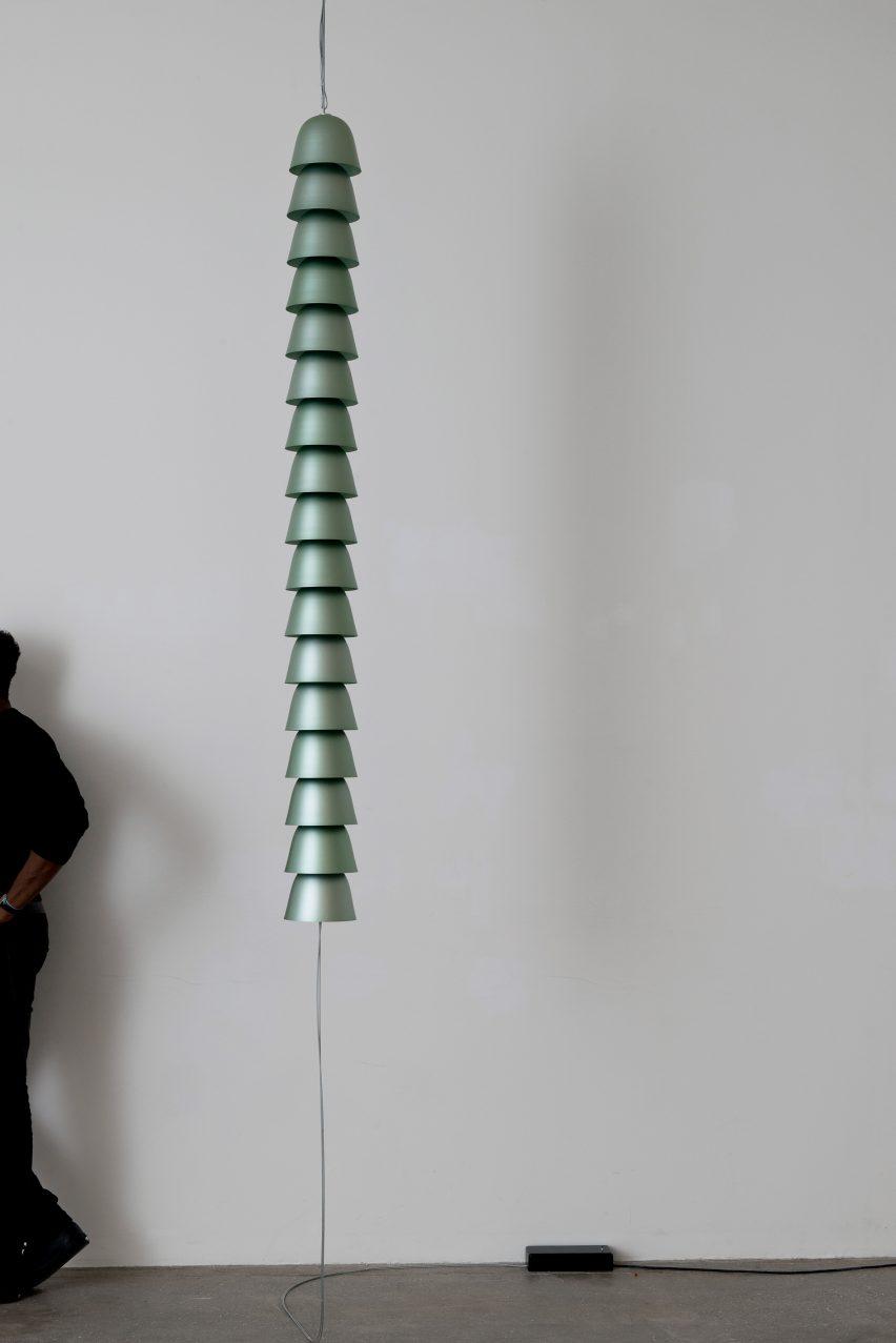 chains-by-ronan-erwan-bouroullec-galerie-kreo-exhibition_dezeen_2364_col_19
