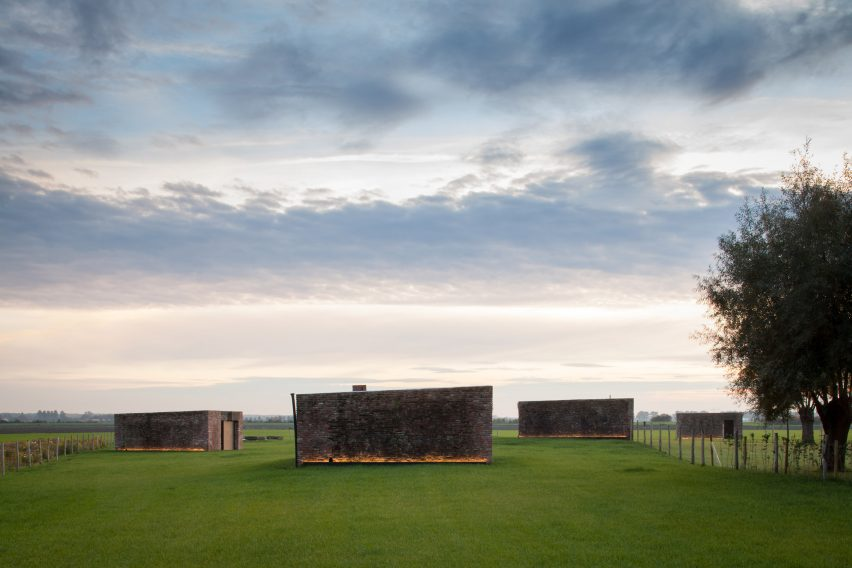 farmhouse-burkeldijk-and-fortress-hazegras-in-knokke-govaert-vanhoutte-architects-architecture-residential_dezeen_2364_col_35