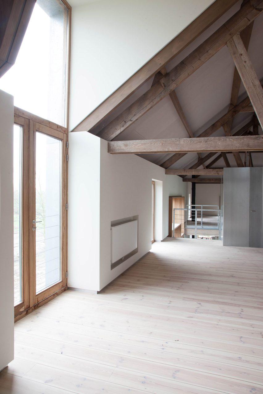Dutch farmhouse conversion by Jeanne Dekkers Architects in Limburg