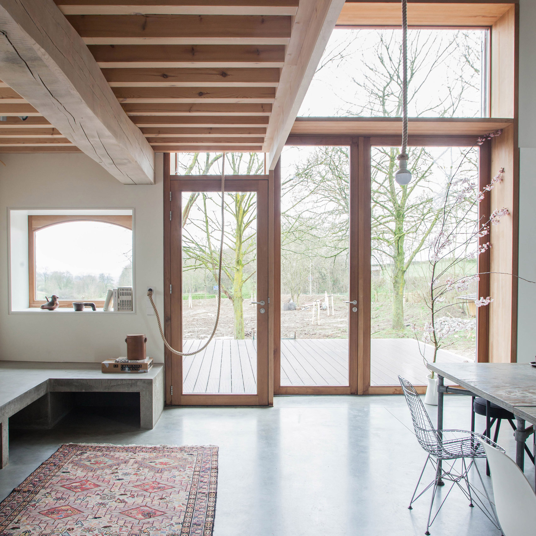Jeanne dekkers architectuur converts traditional dutch farm into contemporary house and studio