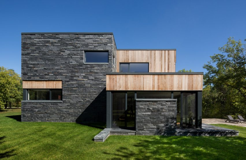 hemmingford-house-architecture-residential-canada_dezeen_2364_col_7