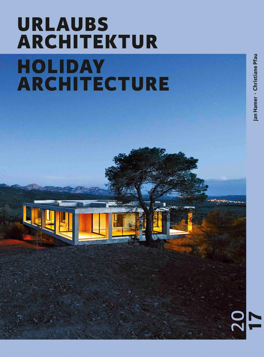 holidayarchitecture-2017-homes_dezeen_2364_col_0