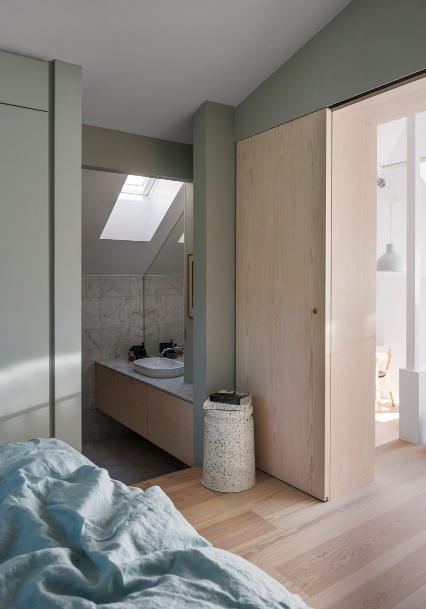 home-of-petrus-palmer-bjorn-forstberg-architecture-sweden_dezeen_2364_col_0