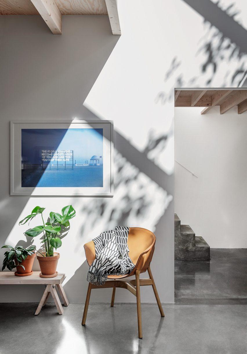 home-of-petrus-palmer-bjorn-forstberg-architecture-sweden_dezeen_2364_col_7