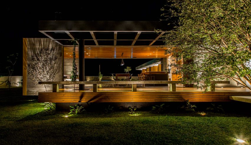 House mcny by mfmais arquitetos