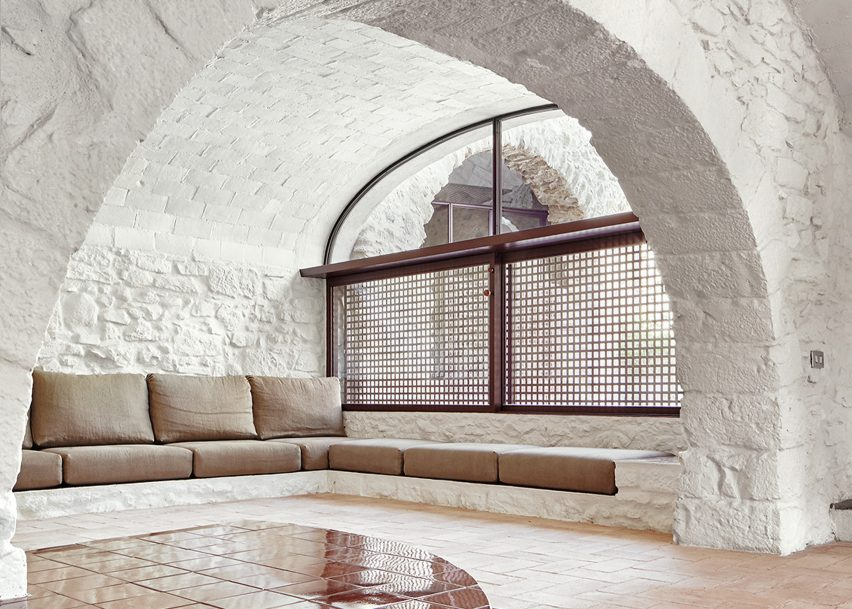 House Renovation by Arquitectura G