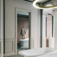 Laufen showroom in Madrid by Patricia Urquiola