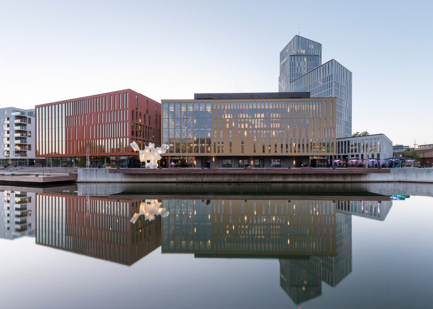 mixed-use-malmo-live-schmidt-hammer-lassen-architects-world-architecture-festival_dezeen_2364_ss_0