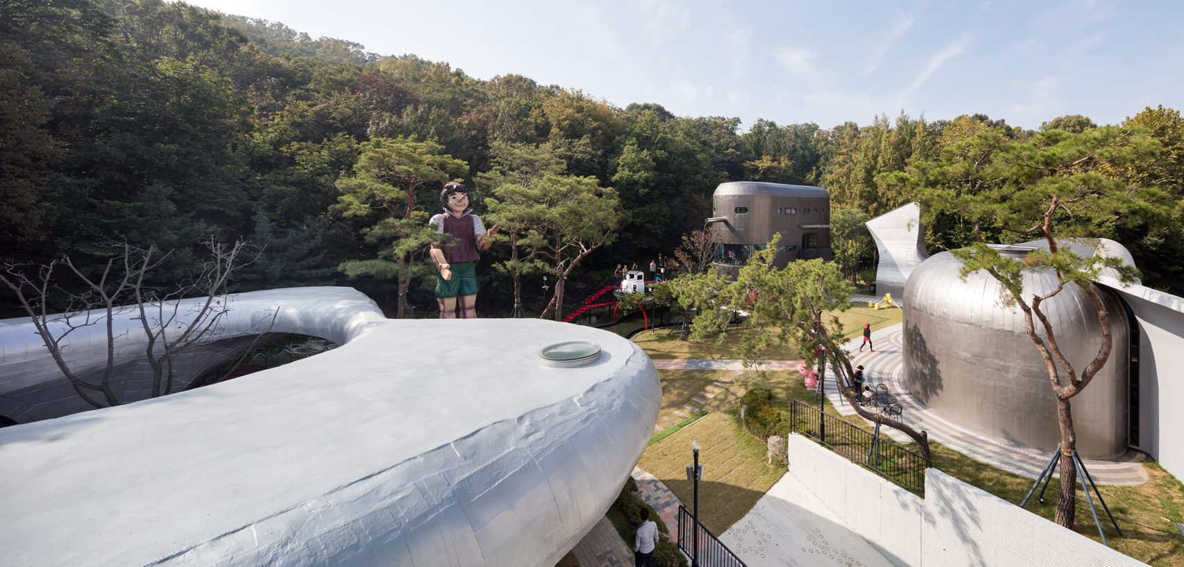 Moon Hoon completes museum for a Pinocchio doll collector near Seoul