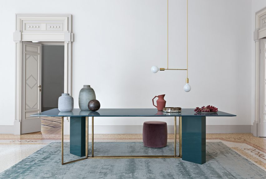 Plinto table collection by Meridiani