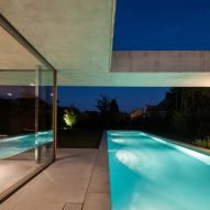 Poolhouse O by Steven Vandenborre