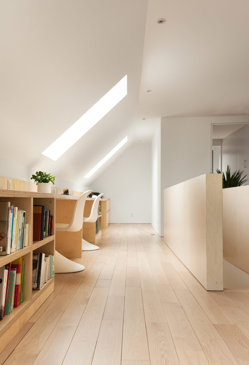 residence-belcourt-atelier-canada-quebec-pierre-thibault-architecture-residential_dezeen_2364_col_5