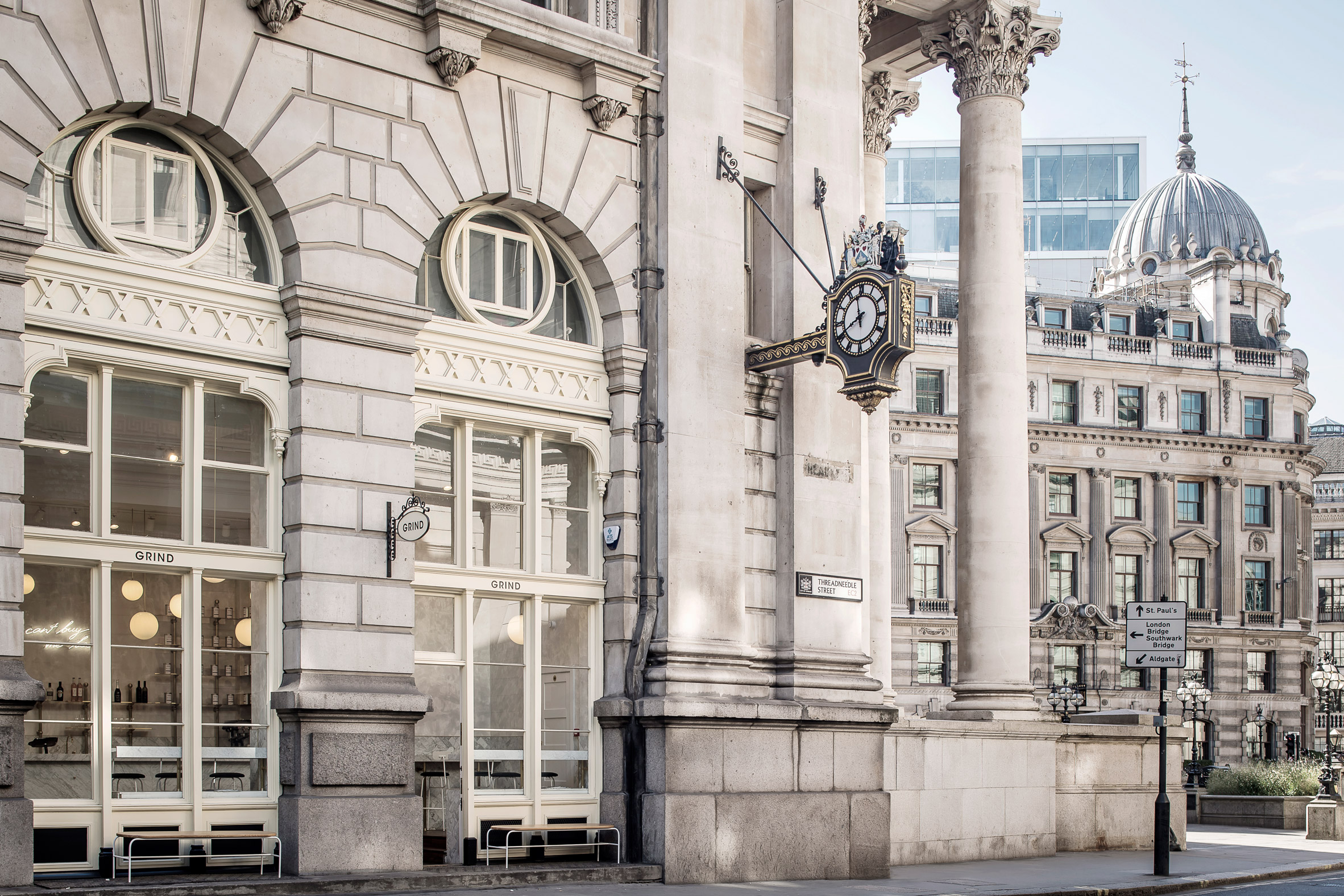Biasol designs marble-rich cafe in historic London stock exchange