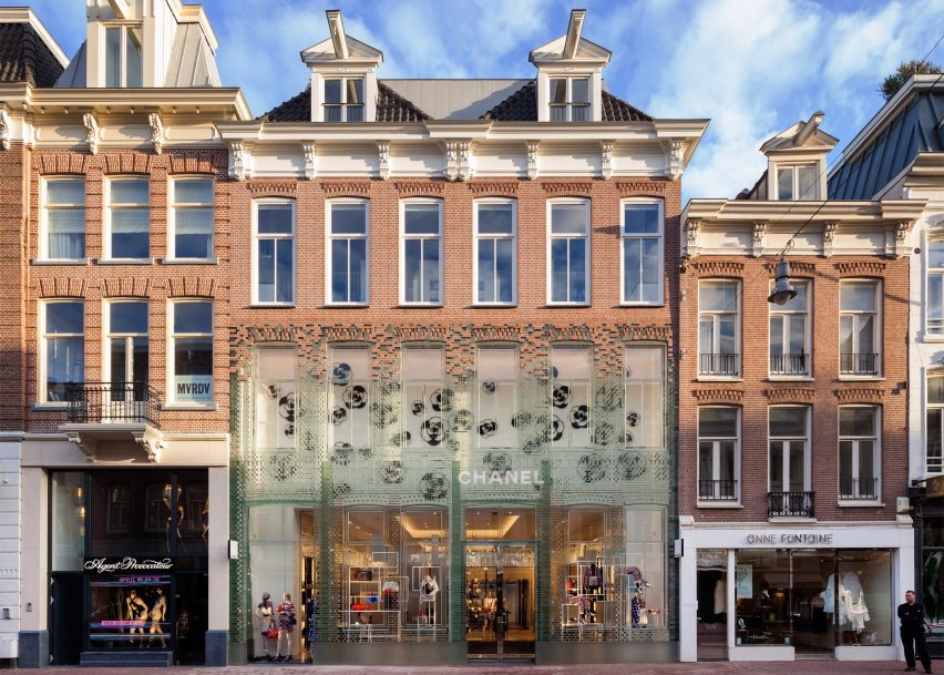 shopping-crystal-houses-amsterdam-netherlands-mvrdv-world-architecture-festival_dezeen_2364_ss_0