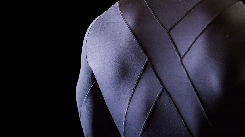Sportswear with built-in kinesiology tape by Python Performance