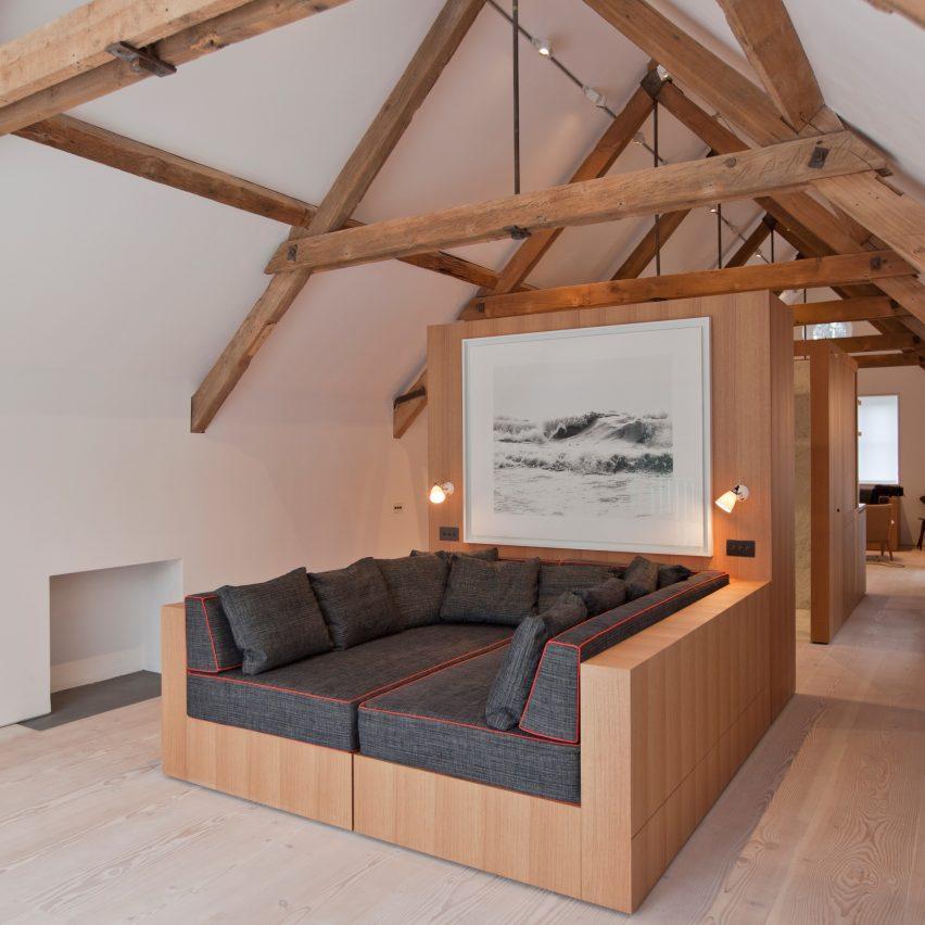 the-boathouse-alex-cochrane-architects-lounge-roundup-pinterest-col
