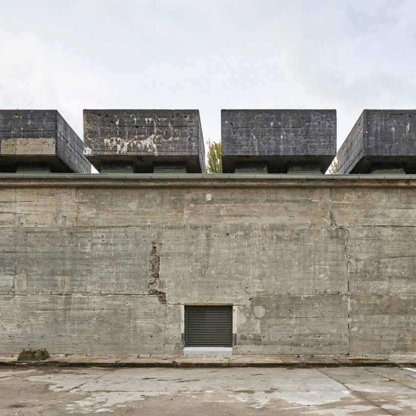john pawson converts ww2 bunkers into museum of southeast asian art in berlin sig nordal jr. Black Bedroom Furniture Sets. Home Design Ideas