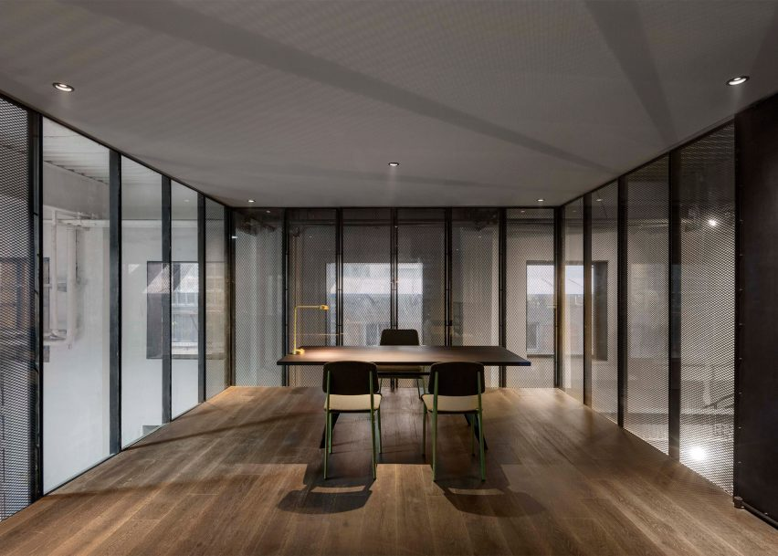 12 Of The Best Minimalist Office Interiors Where There S Space To Think