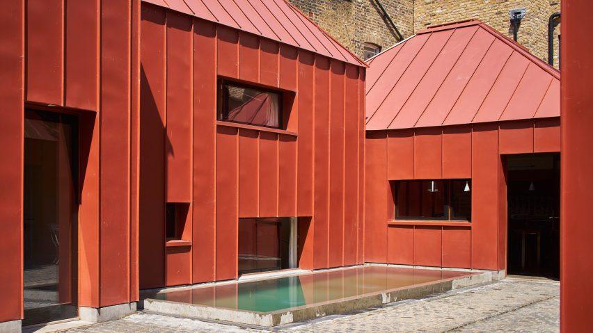 henning stummel s london home formed of pyramidal rooms