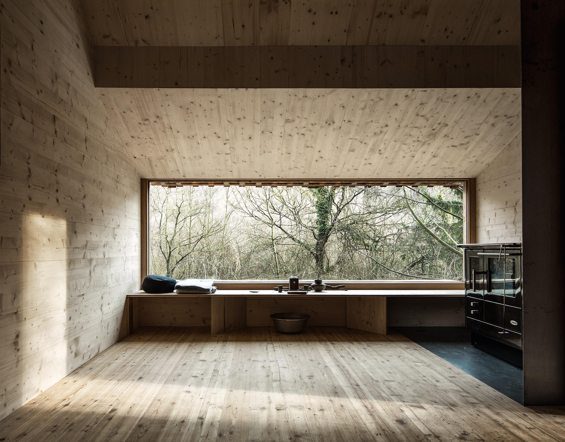 Raumhochrosen's woodland cabin in Austria provides respite for a life coach