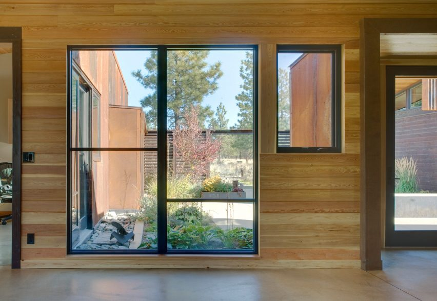 Wolf Creek by Prentiss + Balance + Wickline Architects