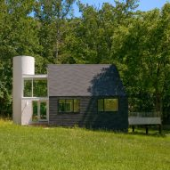 McInturff Architects renovates home without furniture in Maryland