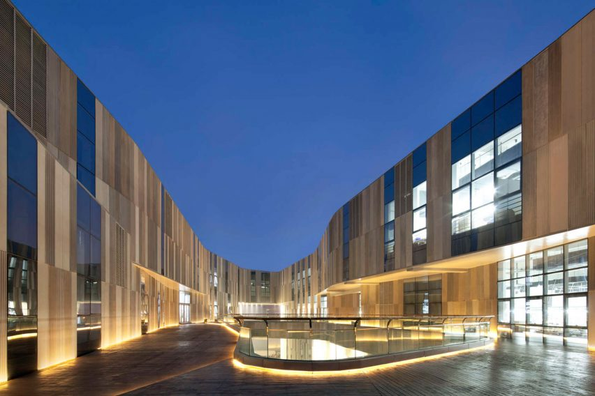 Aimer Lingerie Factory by Crossboundaries architecture A+ Awards