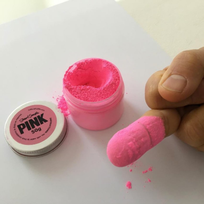 "Anish Kapoor flaunts use of ""world's pinkest pink"" despite personal ban from its creator"