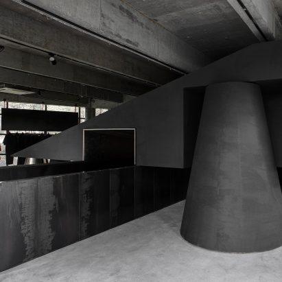 black-cant-system-dezeen-inside-sq