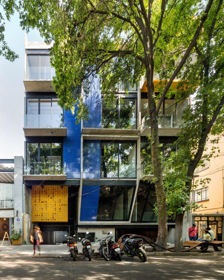 Coli Roma by Arqmov Workshop