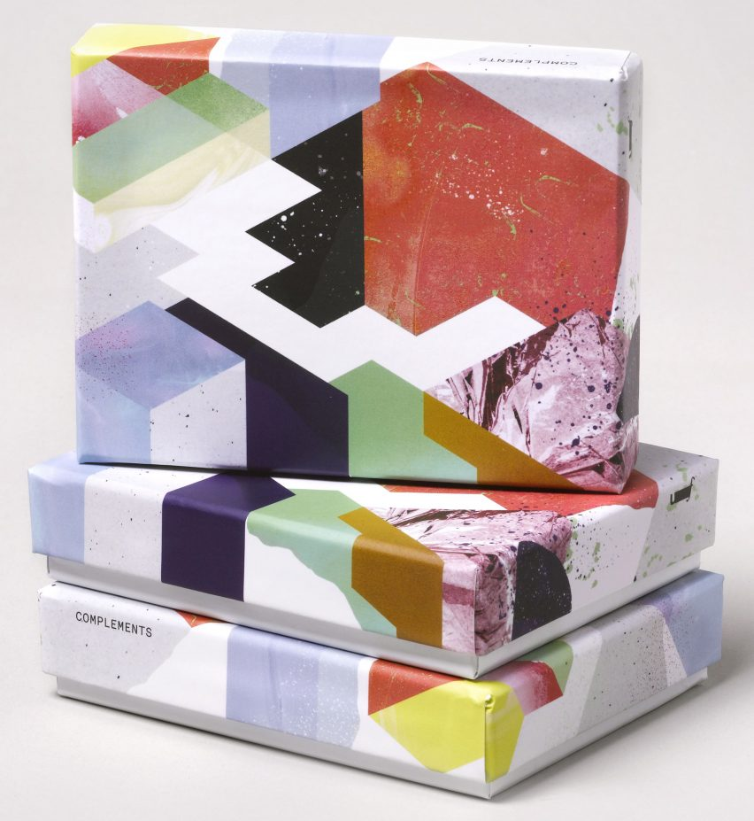 complements-chocolates-by-universal-favourite_dezeen_2364_col_3