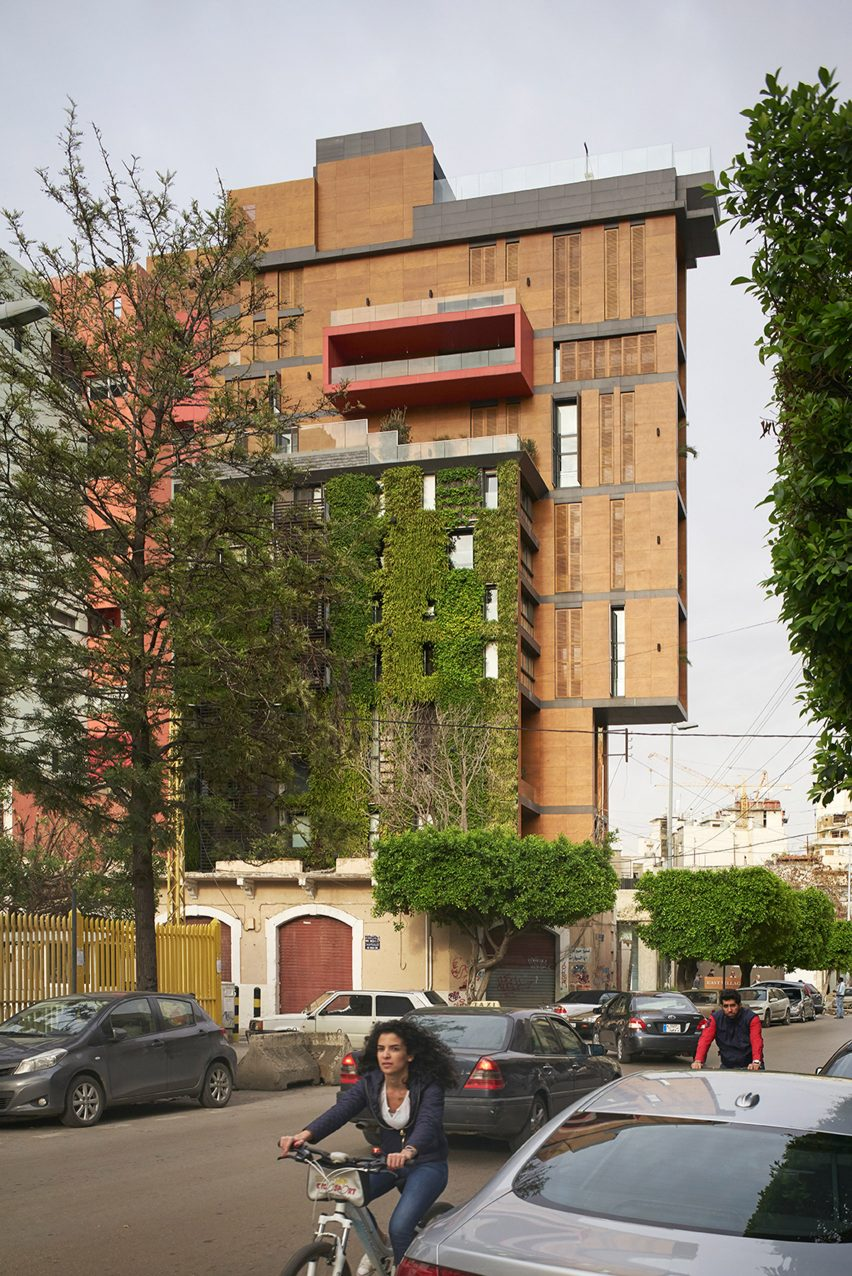 east-village_jean_marc-bonfils_apartment-art-gallery_lebanon-beirut_dezeen_1704_col_15