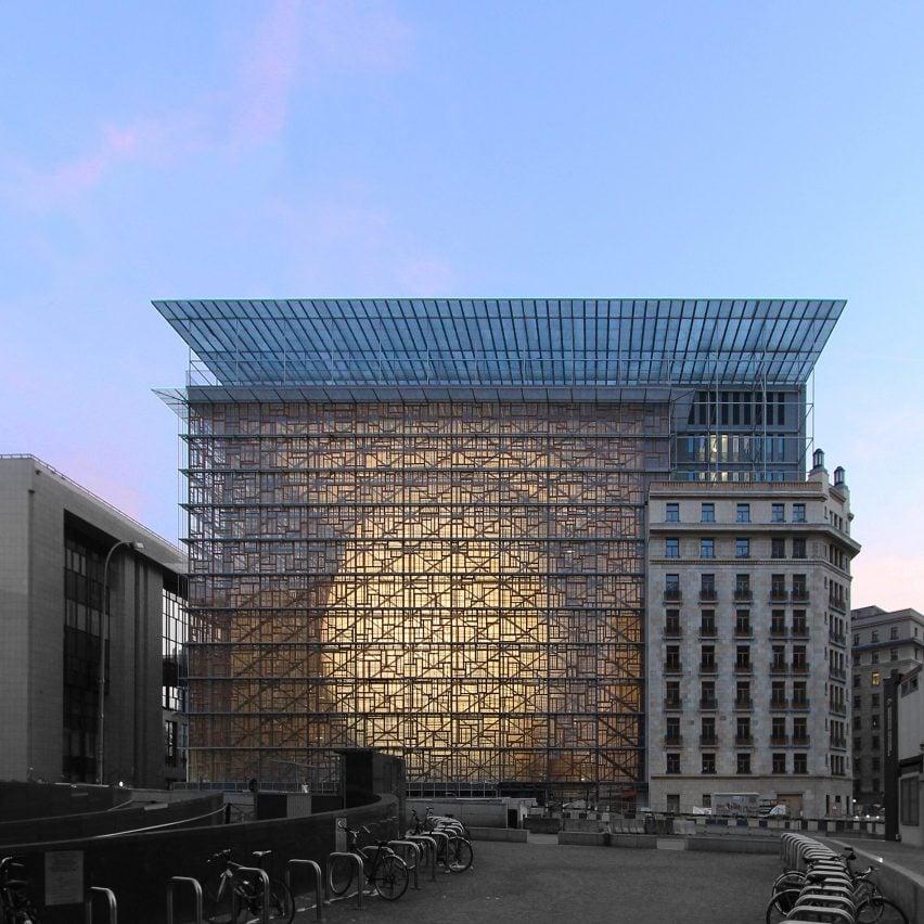 european-union-headquarters-brussels-samyn-partners-architecture-_dezeen_sqa