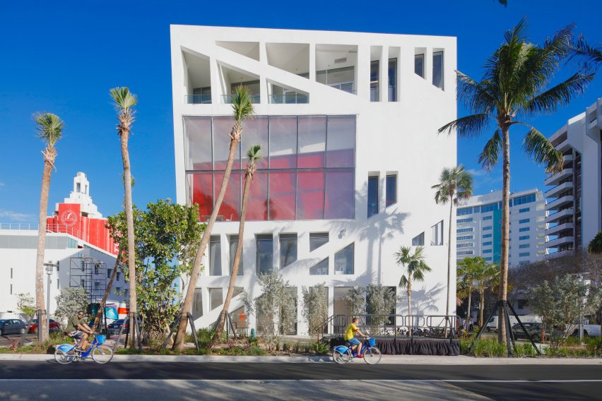 faena-bazaar-and-parking-garage-by-oma-miami-architecture-forum_dezeen_2364_col_1