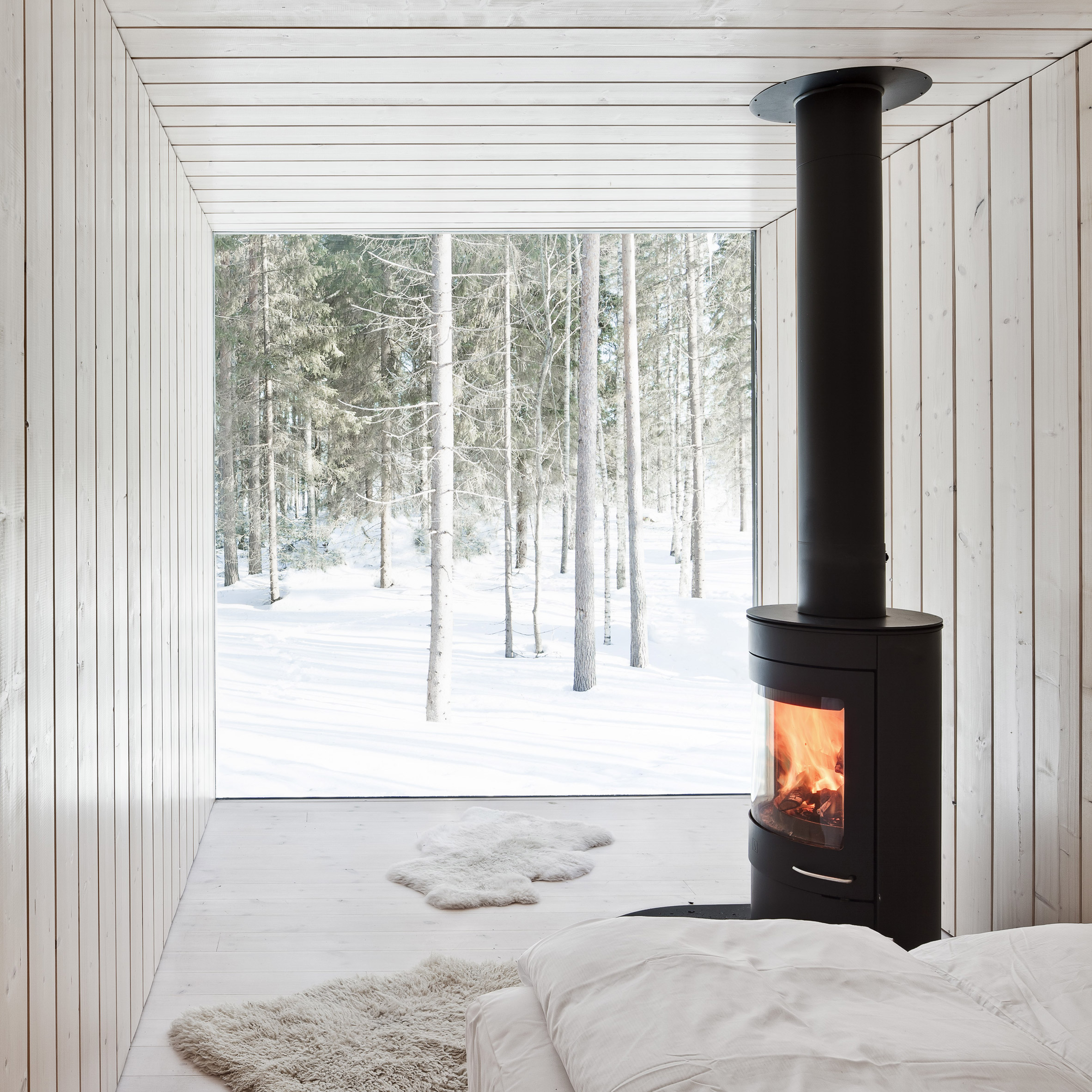 10 Cosy Homes With Fireplaces From Dezeen S Pinterest Boards
