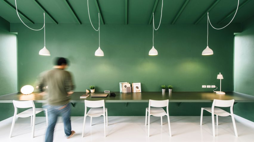 Green 26 offices by Anonymstudio