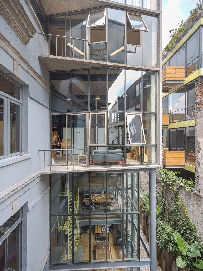 Havre 77 by Francisco Pardo Arquitecto