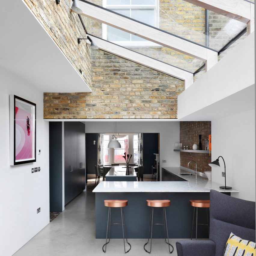 hennessy-house-paul-archer-design-dont-move-improve-architecture-residential_dezeen_sq