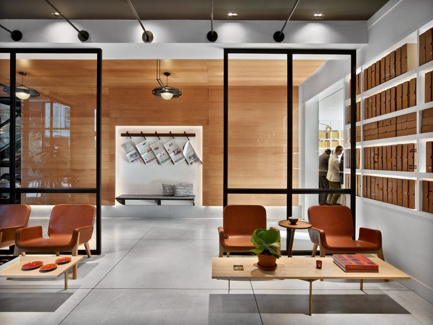hudson-square-avroko-interiors-new-york-hotel-usa_dezeen_2364_col_4