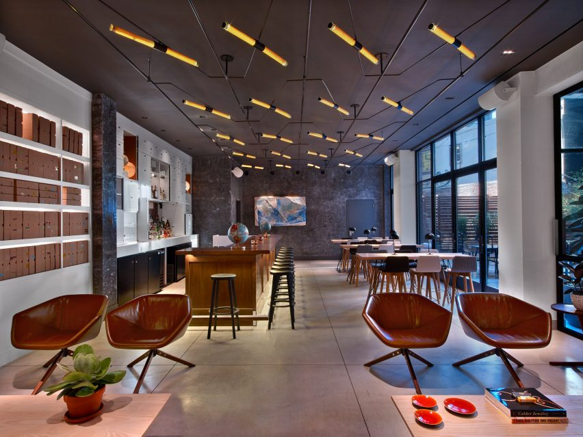 hudson-square-avroko-interiors-new-york-hotel-usa_dezeen_2364_col_7