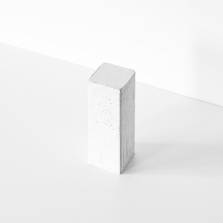 inaccessible-perfume-francesca-gotti-design-miami-products_dezeen_2364_col_2