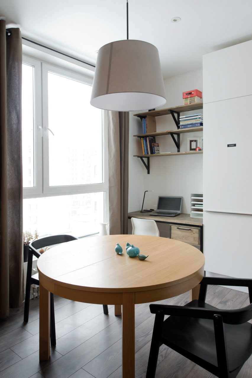 micro-apartment-in-moscow-by-studio-bazi-_dezeen_2364_col_12