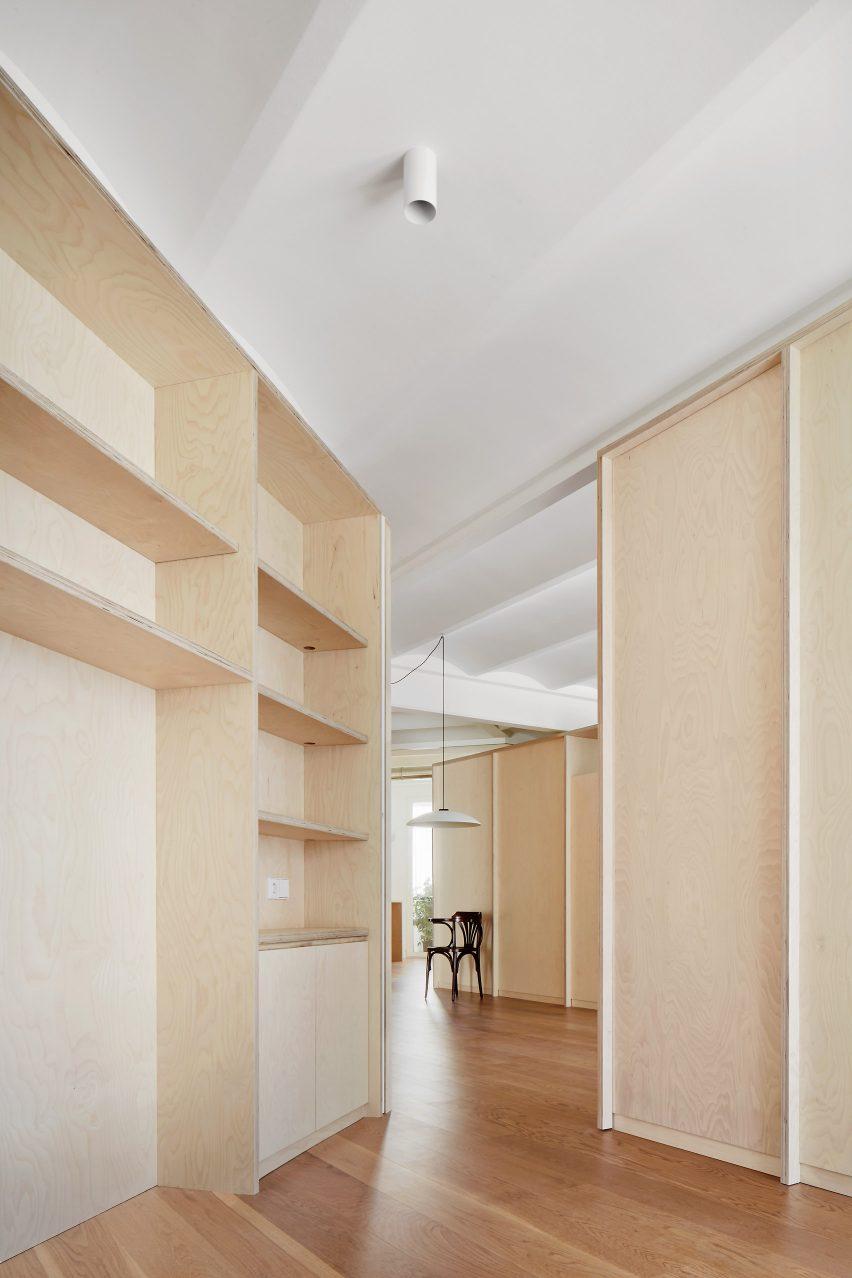 mitre-apartment-bajet-girame-architects-interior-apartment-residential_lr_dezeen_1704_col_18